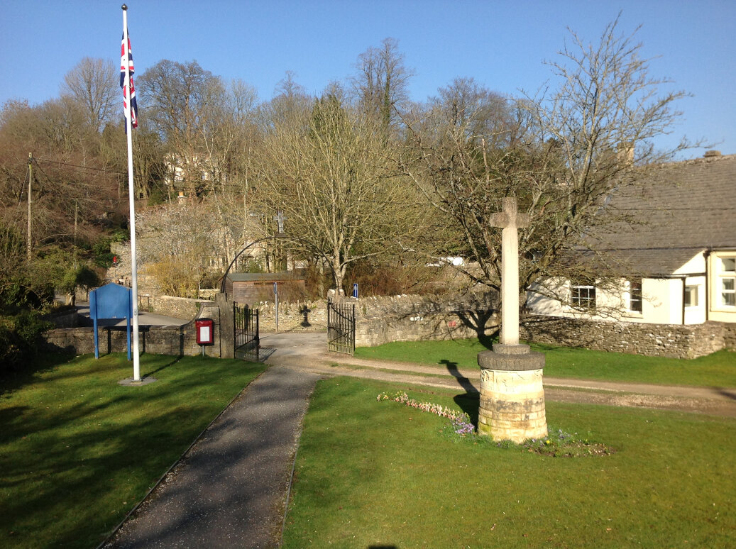 A Guide to the War Memorials of Stroud and the Five Valleys (24)