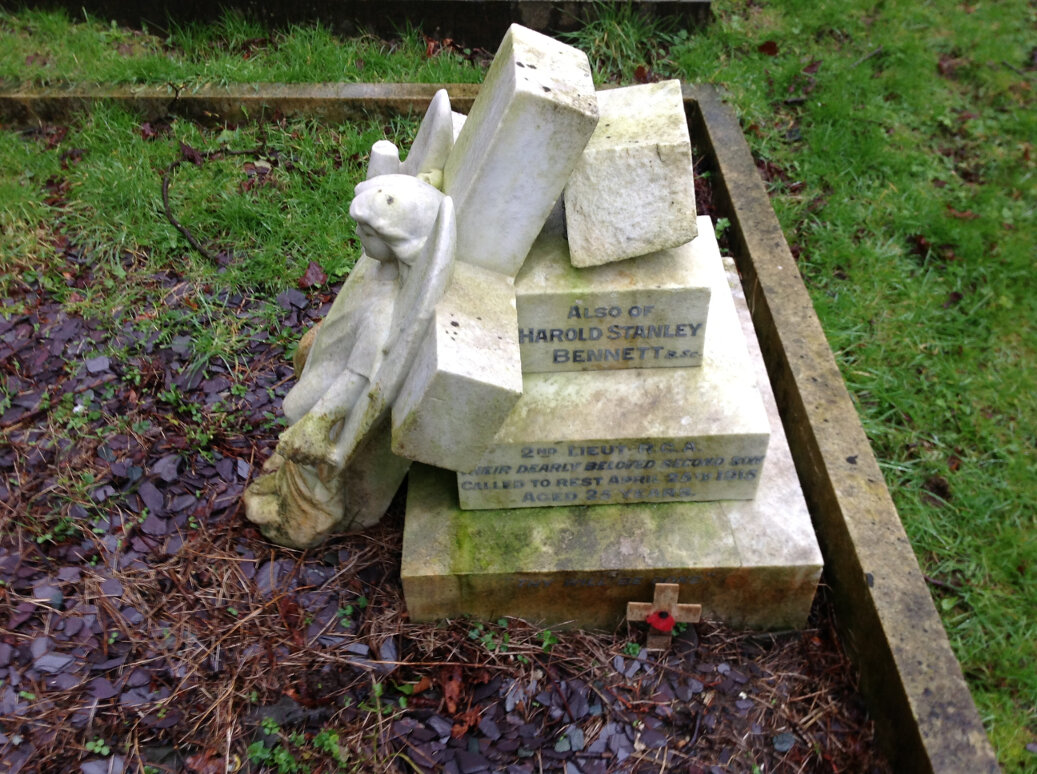 A Guide to the War Memorials of Stroud and the Five Valleys (7)