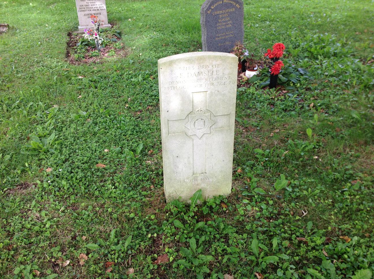 War Memorials of Chalford (5)