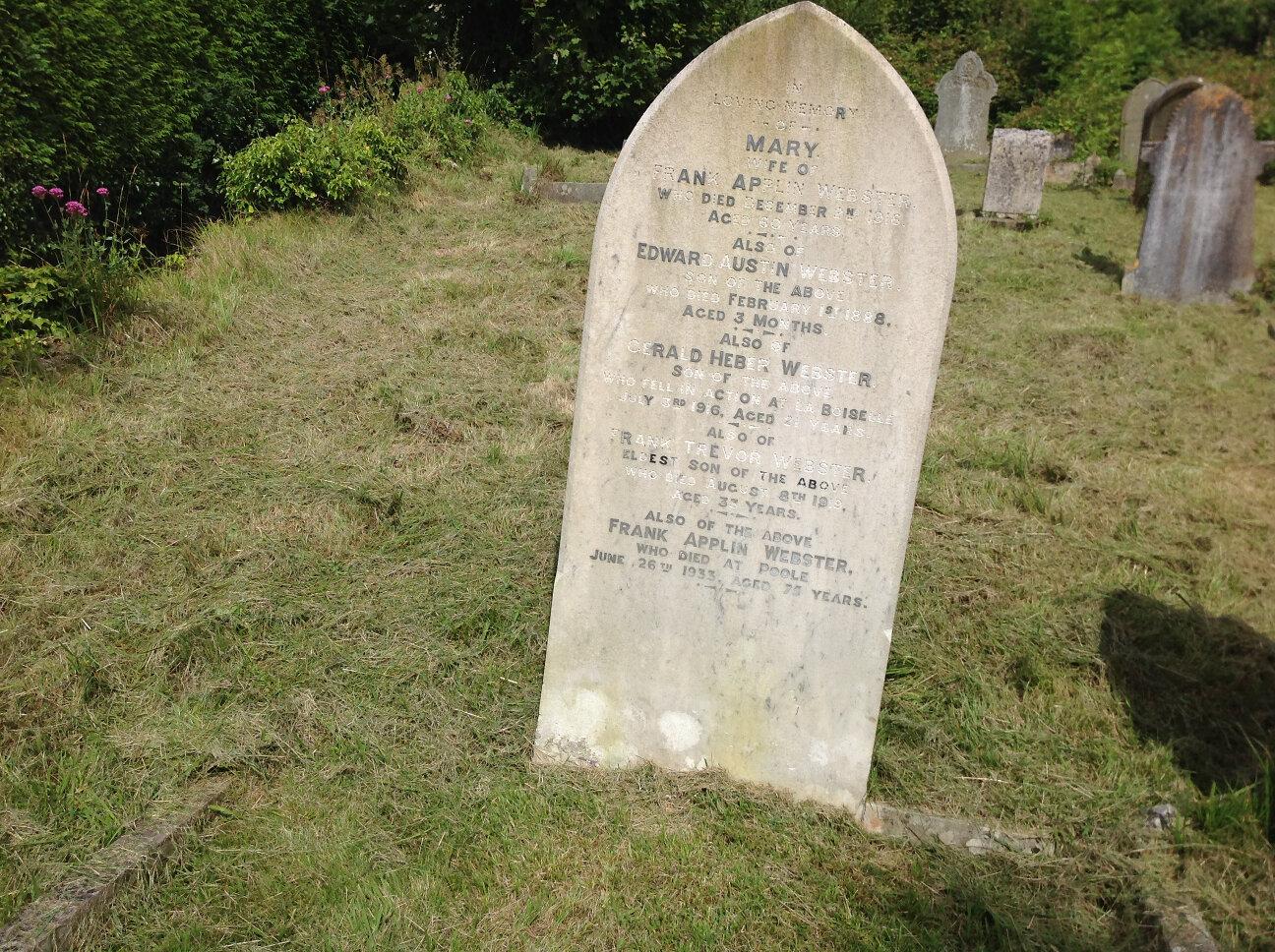 War Memorials of Chalford (8)