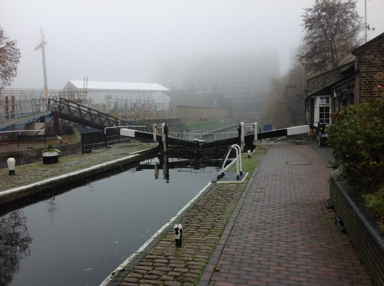 Canal Life (6)