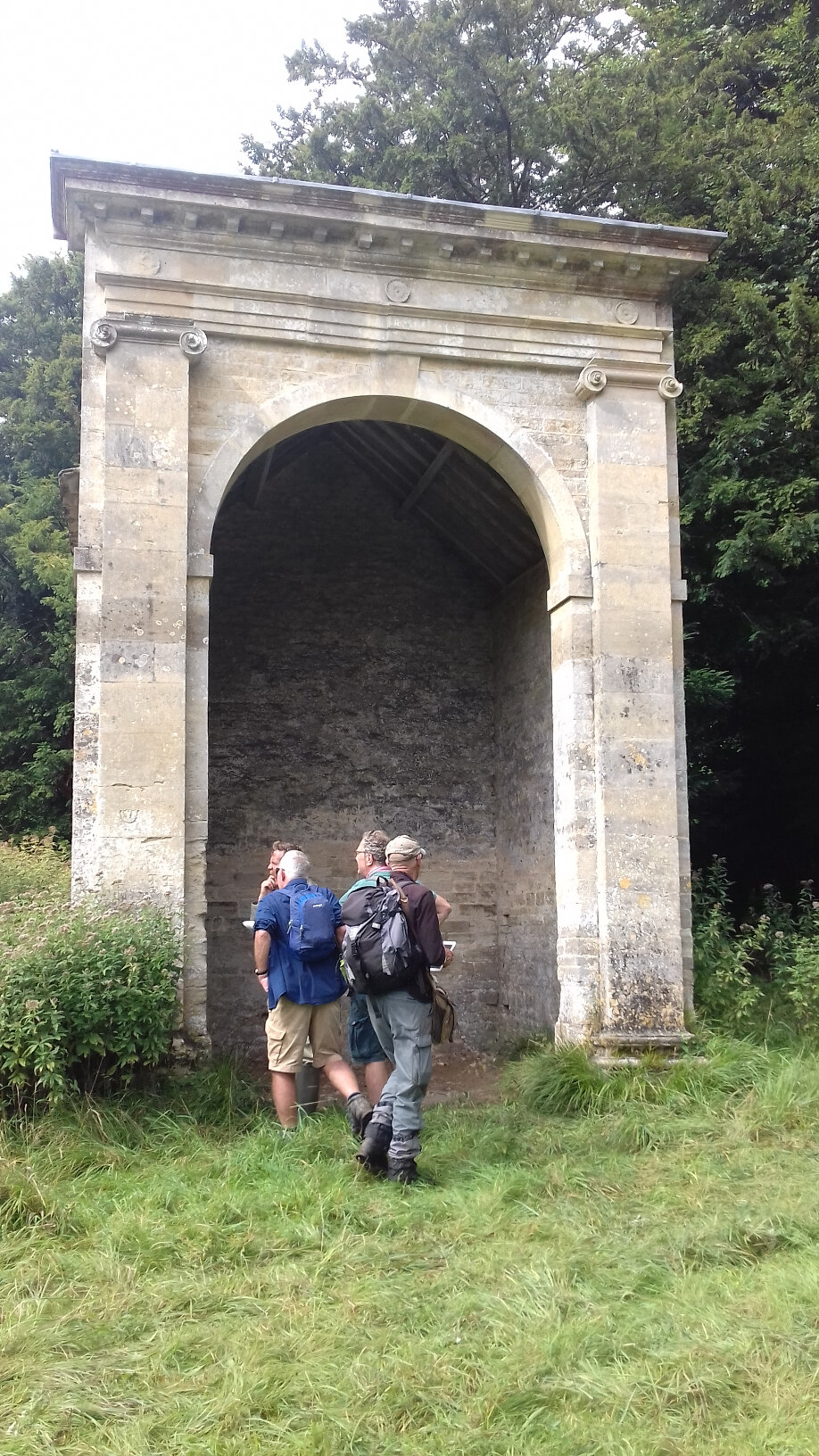 Walking and Podcasting: The Tempest, Sapperton, Cirencester and Walking Practices